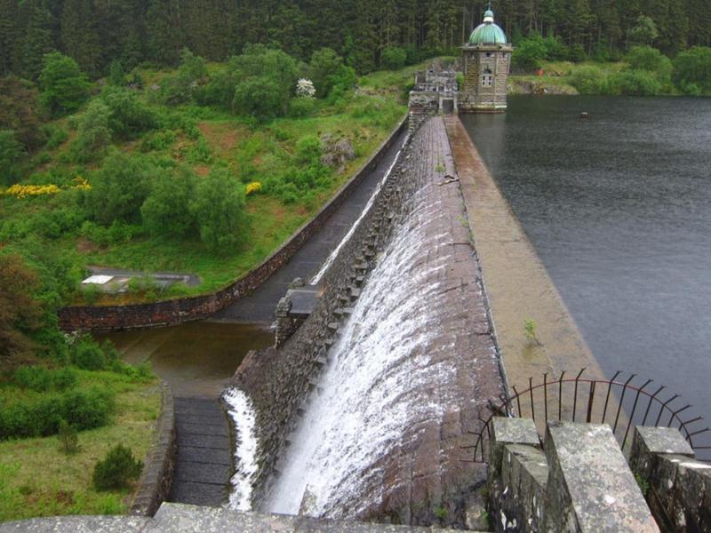 Penygarreg reservoir dam